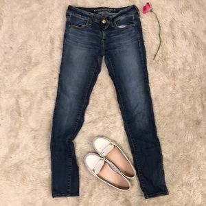 Size 8 LONG American Eagle jeans (38 inches long)